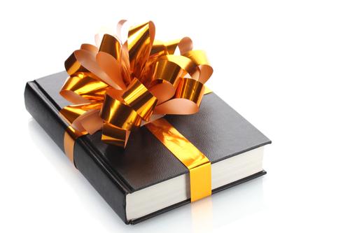 10 consigli per regalare un libro webnauta for Libri regalo