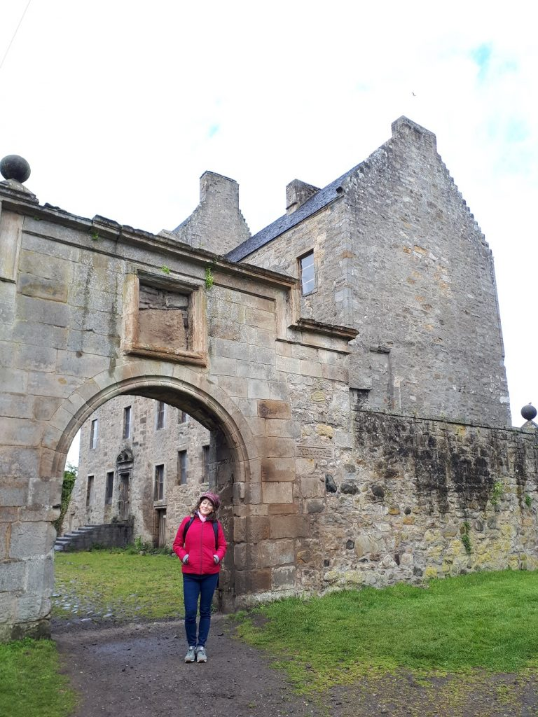 Outlander Tour - Midhope Castle