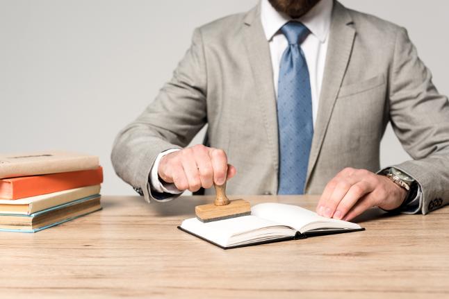Come difendere un libro dal plagio e tutelare il diritto d'autore