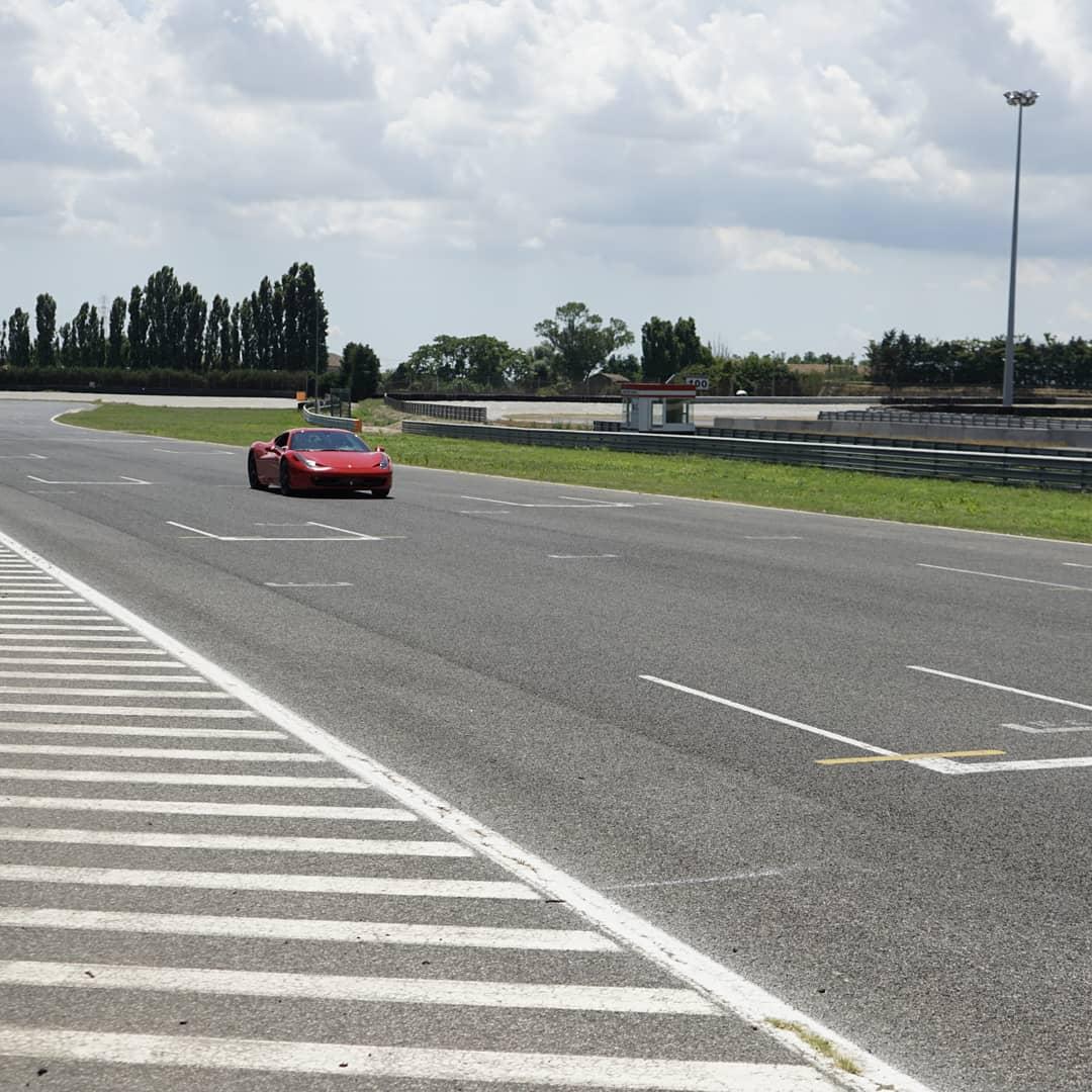 Ferrari F458 Italia - Adria International Raceway
