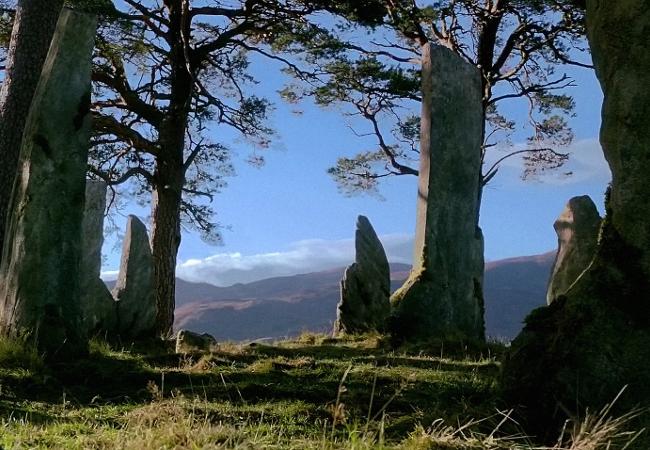 Craigh na Dun - Outlander - Starz serie